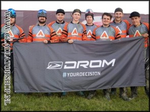 Drom custom team banner